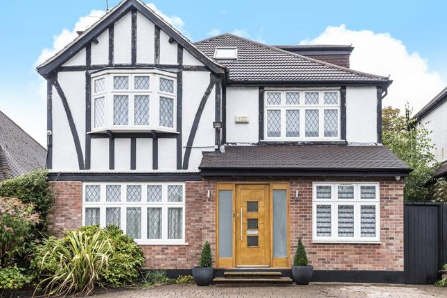 Thumbnail Detached house to rent in Pangbourne Drive, Stanmore