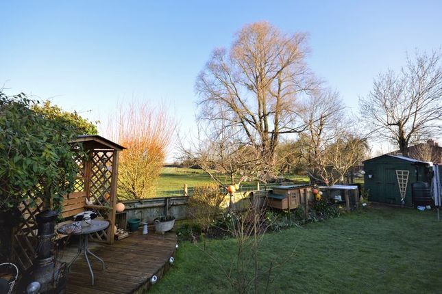 Garden View 2 of Lower Green, Westcott, Aylesbury HP18