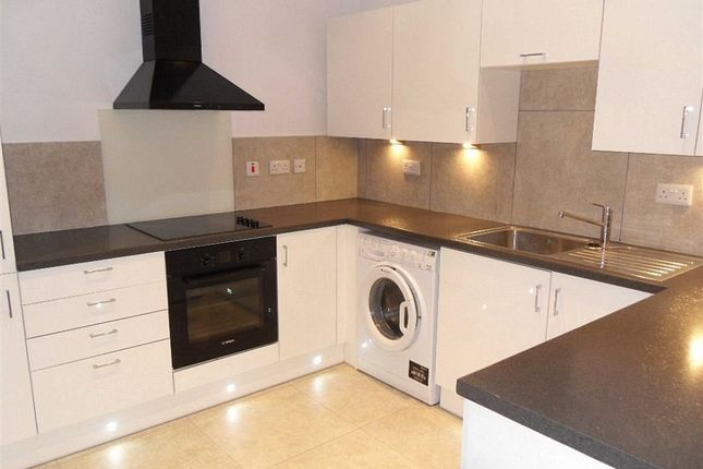 Thumbnail Flat to rent in Bexley Road, Erith, Kent