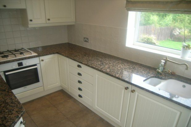 Thumbnail Property to rent in Layhams Road, West Wickham