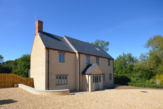Thumbnail Detached house to rent in West End, Silverstone, Towcester