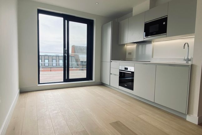 1 bed penthouse to rent in Tudor Mews, Eastern Road, Gidea Park, Romford RM1
