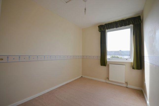 Bedroom of West View Walk, Workington CA14