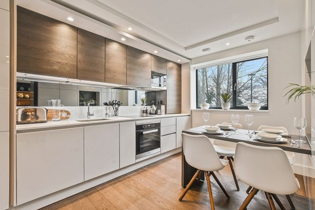 Thumbnail Flat for sale in Connaught Gardens, Muswell Hill