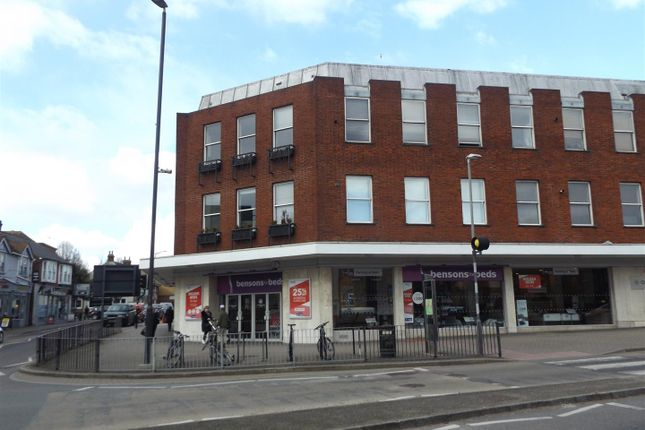 Thumbnail Flat to rent in St. Peters Street, St.Albans