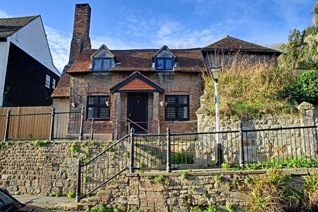 Thumbnail Cottage for sale in High Street, Hastings