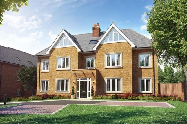 Thumbnail Flat for sale in Amersham Hill Gardens, High Wycombe