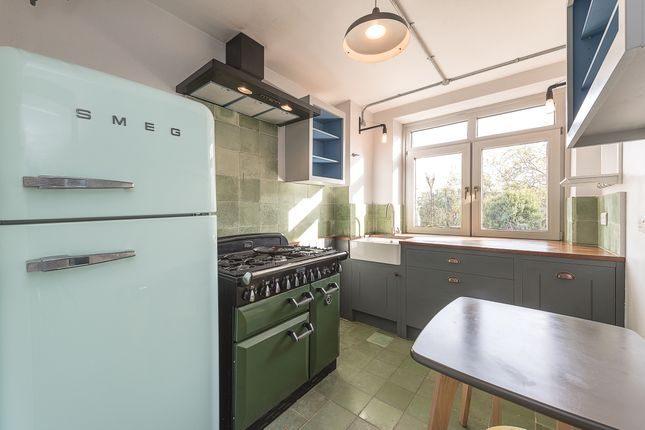 Kitchen of Shepherds Hill, London N6