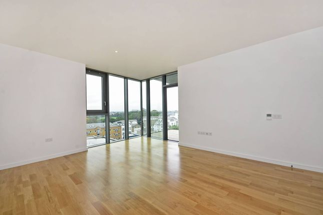 Thumbnail Flat to rent in Eastfields Avenue, Putney, London