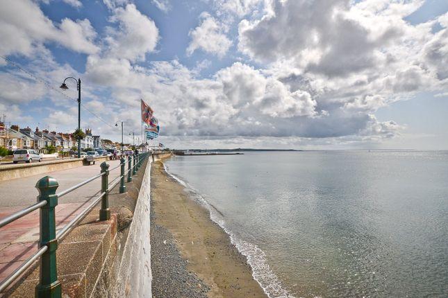 Promenade of Marine Terrace, Penzance TR18