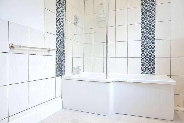 Bathroom of 34 Westborough Road, Westcliff-On-Sea SS0