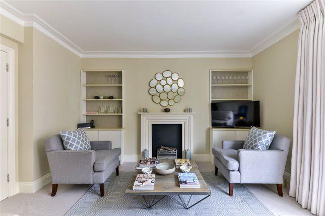 Picture No. 15 of Wedderburn House, 95 Lower Sloane Street, London SW1W