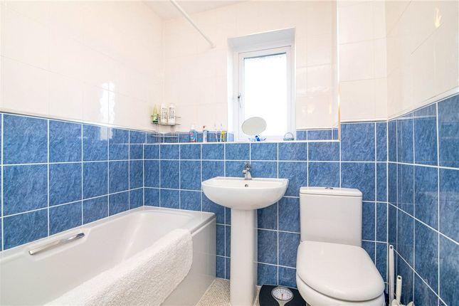 Bathroom of Cocksmead Croft, Kings Heath, Birmingham B14