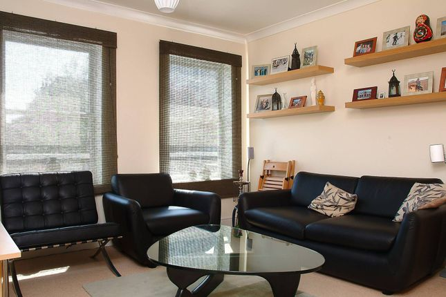 Thumbnail Flat to rent in Winchester Court, Richmond