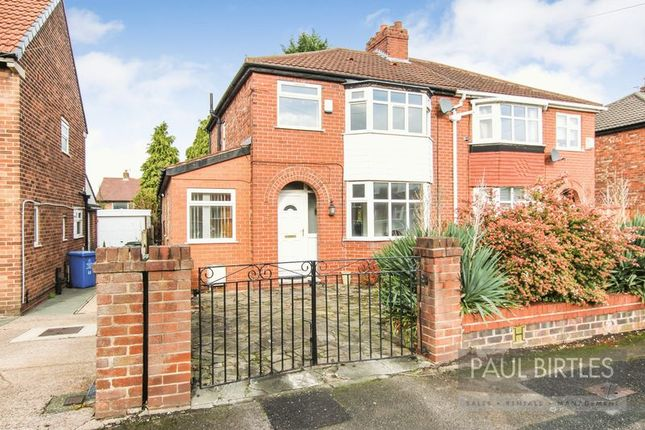 3 bed semi-detached house to rent in Nursery Road, Davyhulme, Manchester M41