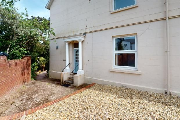 Picture No. 25 of Rolle Villas, Exmouth, Devon EX8