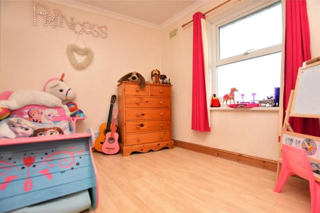 Bed 2 of Parc Terrace, Newlyn, Penzance TR18