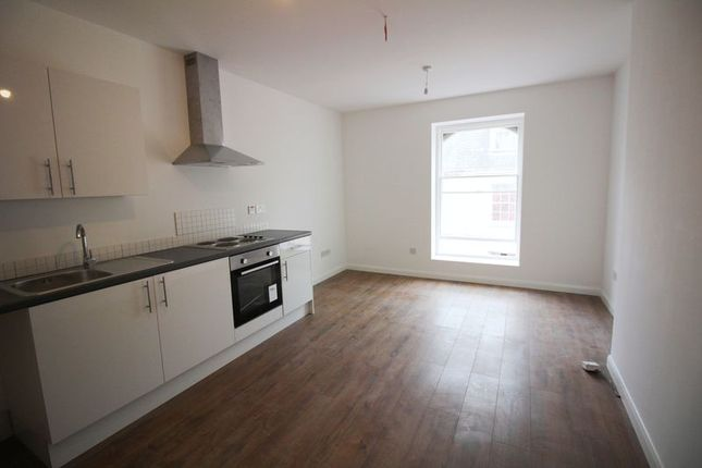 1 bed flat for sale in High Street, Ilfracombe