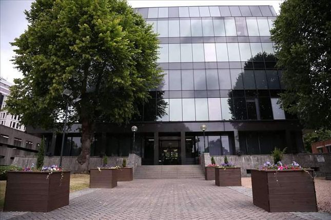 Serviced office to let in Hagley Road, Edgbaston, Birmingham