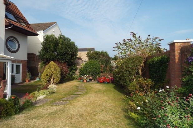 Thumbnail Flat to rent in Bournemouth Road, Parkstone, Poole