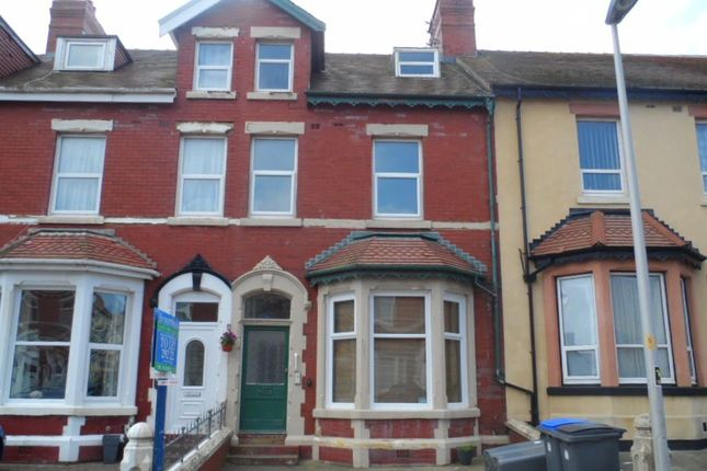 Thumbnail Flat to rent in Hesketh Ave, Bispham
