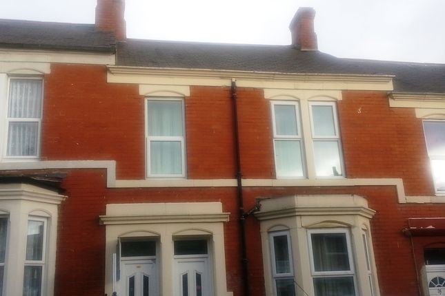 Thumbnail Flat to rent in Hampstead Road, Newcastle Upon Tyne