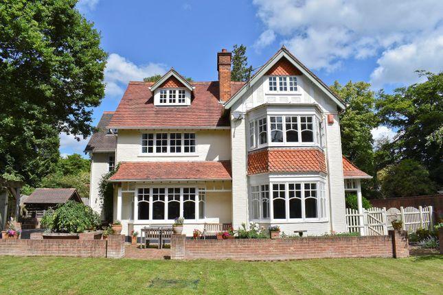 Thumbnail Detached house for sale in Forest Park Road, Brockenhurst