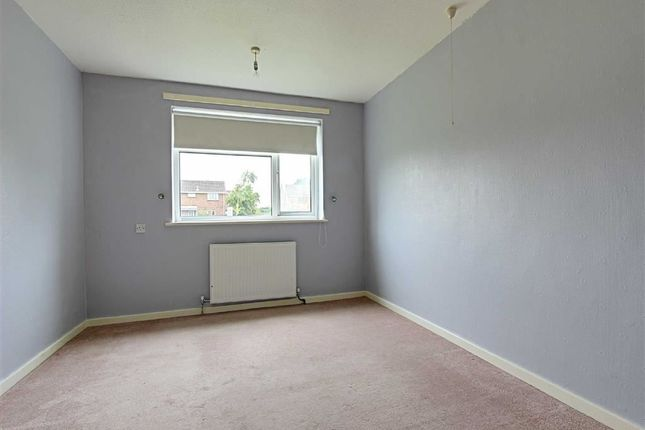Thumbnail Flat for sale in Mercaston Close, Holmehall, Chesterfield, Derbyshire