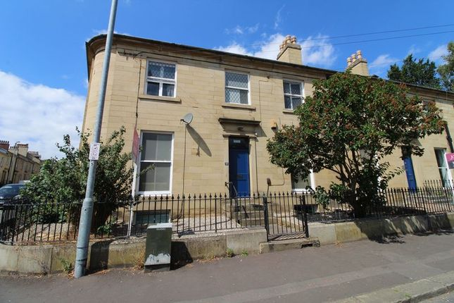 Thumbnail Property to rent in Portland Street, Huddersfield