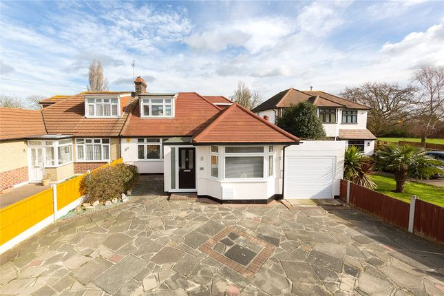 Thumbnail Bungalow for sale in Recreation Avenue, Harold Wood