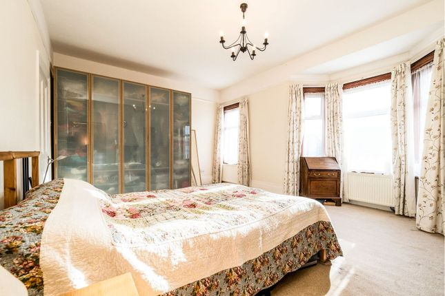 Bedroom of Fairlop Road, London E11