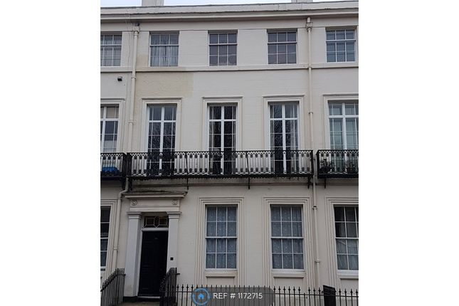 3 bed flat to rent in Huskisson St, Liverpool L8