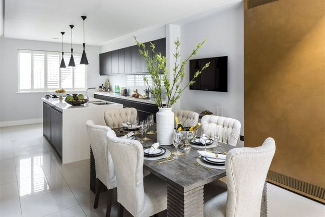 Thumbnail Town house for sale in Limerston Street, London