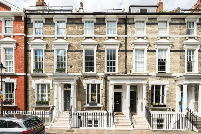 Thumbnail Terraced house for sale in Chamberlain Street, London
