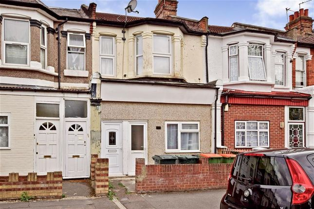 Thumbnail Maisonette for sale in Dersingham Avenue, Manor Park, London