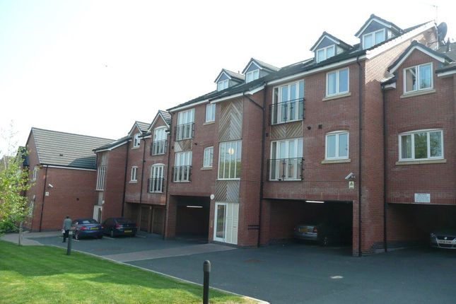 Thumbnail Flat to rent in Charles Warren Close, Rugby