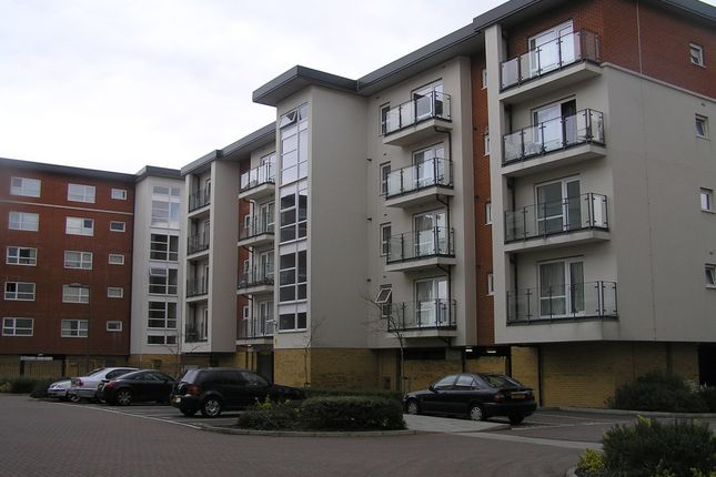 Thumbnail Flat to rent in Clarkson Court, Hatfield
