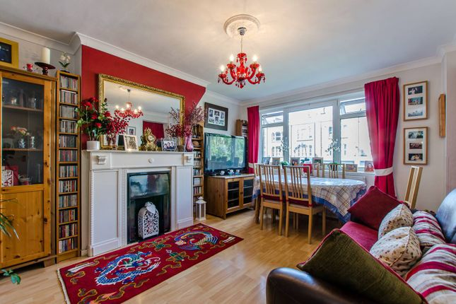 Thumbnail Flat for sale in Stockwell Road, Stockwell