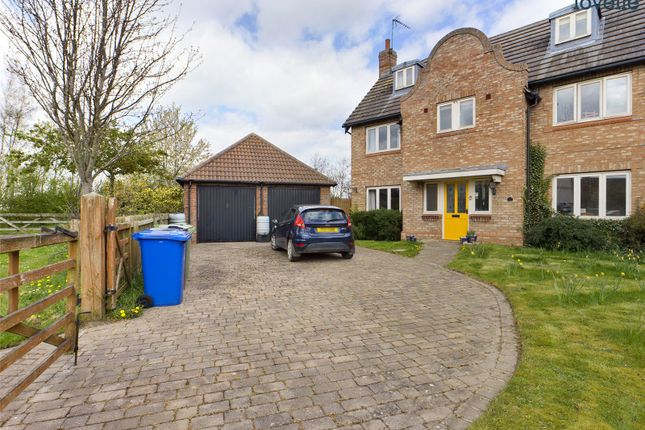 5 bed detached house for sale in St. Botolphs Gate, Saxilby, Lincoln LN1