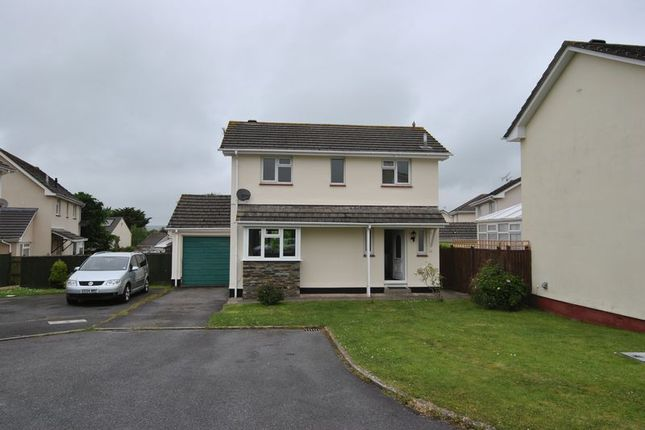 Thumbnail Detached house to rent in 3 Bedroom Dwetached House, Beards Road, Fremington, Barnstaple