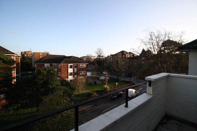 Thumbnail Flat to rent in Eagle Road, Westbourne, Bournemouth