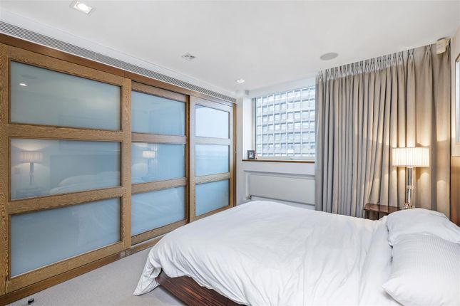 3rd Bedroom of The View, 20 Palace Street, Westminster, London SW1E