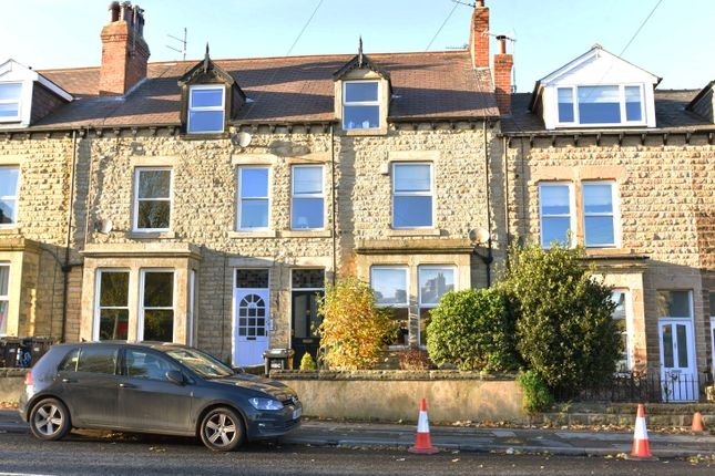 Thumbnail Terraced house to rent in Hookstone Road, Harrogate