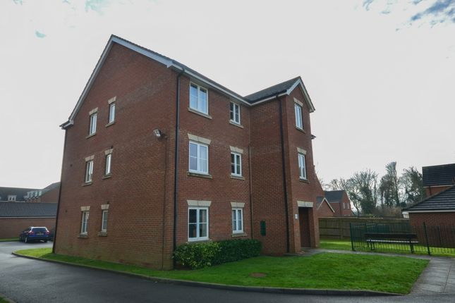 Thumbnail Flat for sale in Green Close, Whitfield