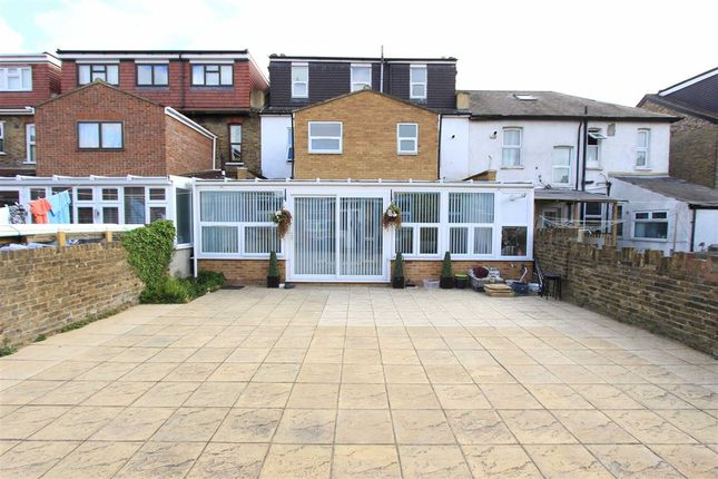 7 bed terraced house for sale in Aberdour Road, Goodmayes, Essex