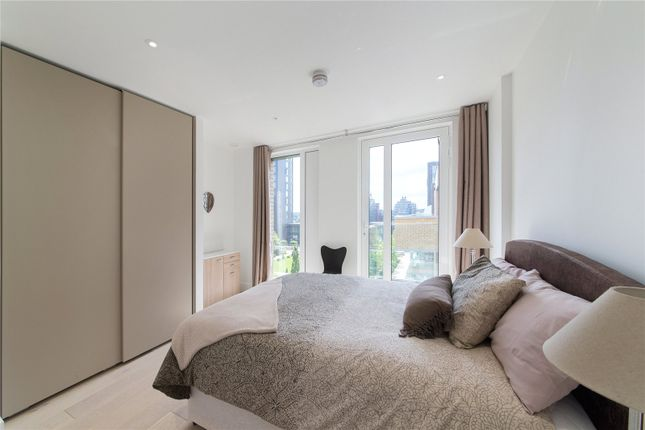 Thumbnail Flat for sale in Ingrebourne Apartments, 5 Central Avenue