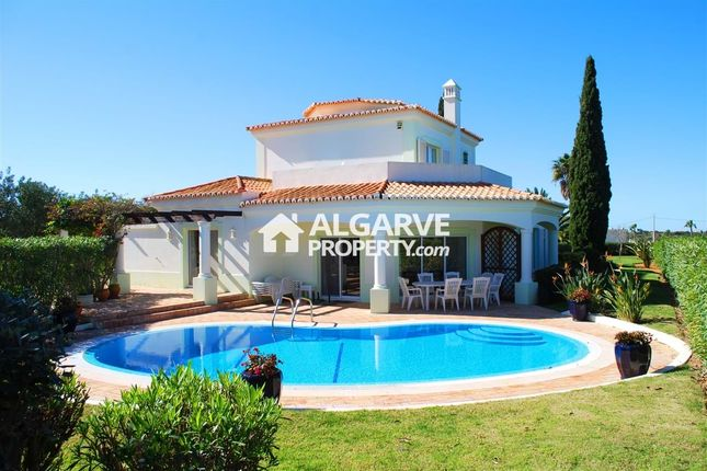 3 bed villa for sale in Lagoa, Portugal