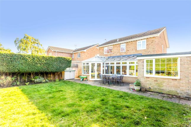 Thumbnail Detached house for sale in Chiltern Close, Newbury, Berkshire