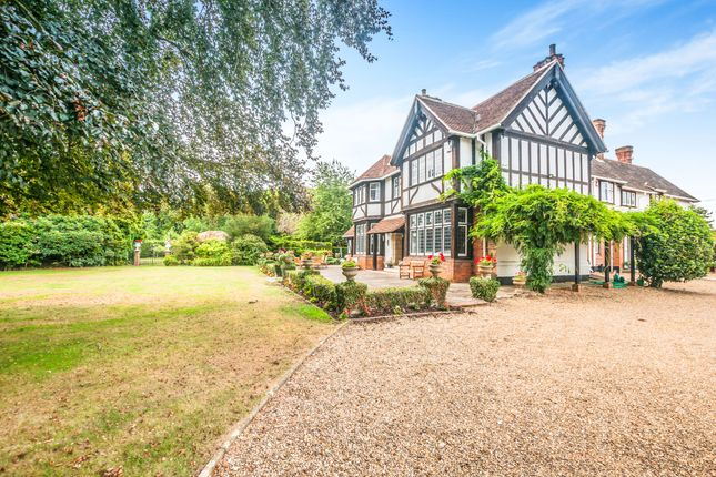 Thumbnail Detached house to rent in Darlings Lane, Maidenhead