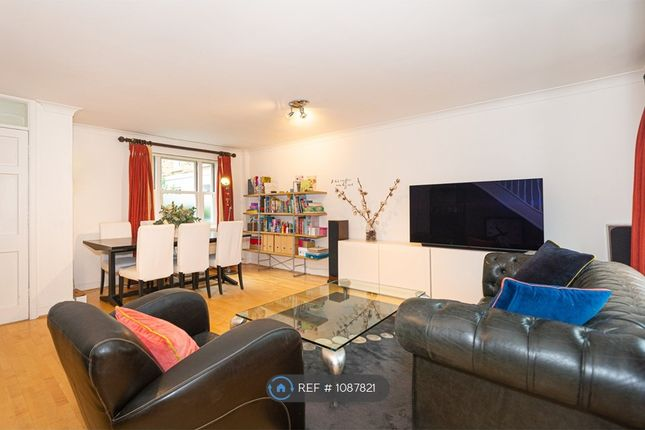 2 bed terraced house to rent in Palace Mews, London SW6